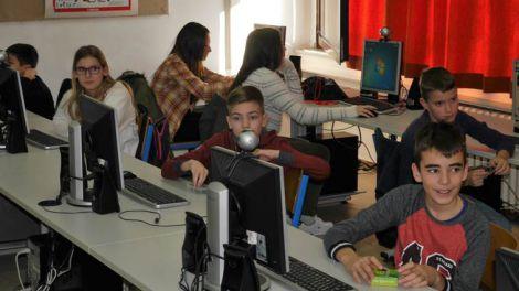 17. Zimska skola informatike -  Drustvo pedagoga tehnicke kulture i informatike Velika Gorica (1)